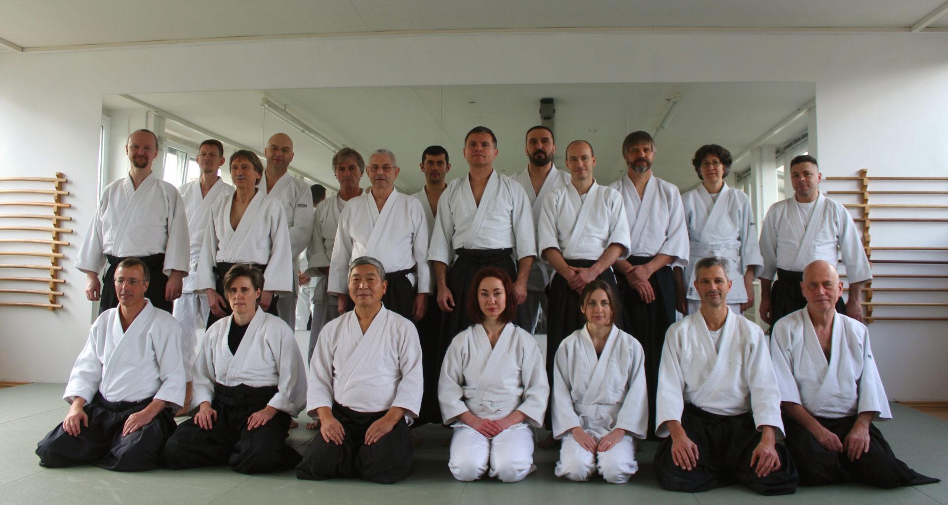 Gruppenbild Seminar mit Doshu Yoshigasaki Dezember 2015